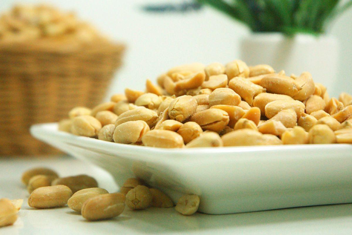 benefícios amendoim como oleaginosa