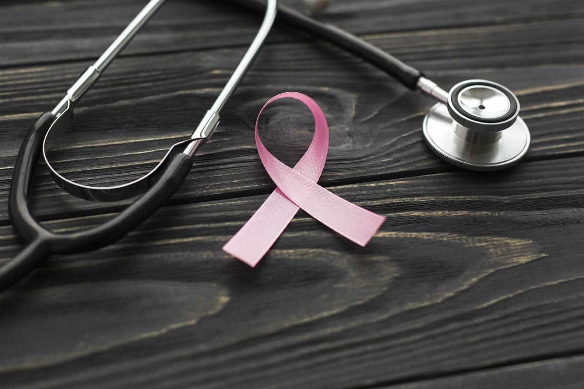 benefícios do pepino para o câncer de mama