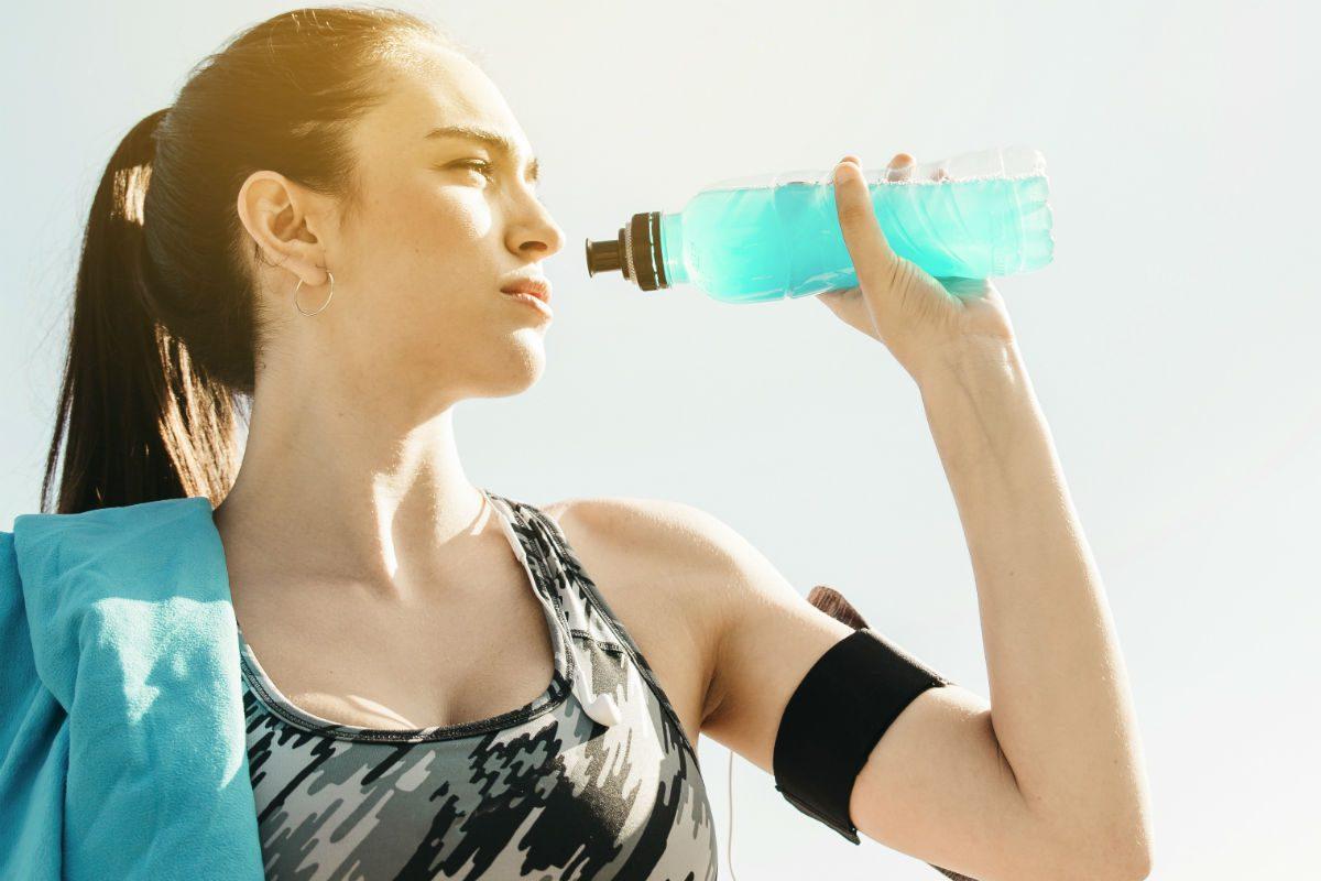 beber água correndo