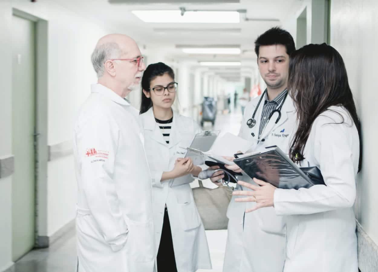 Uma equipe multidisciplinar atenderá os pacientes do SUS