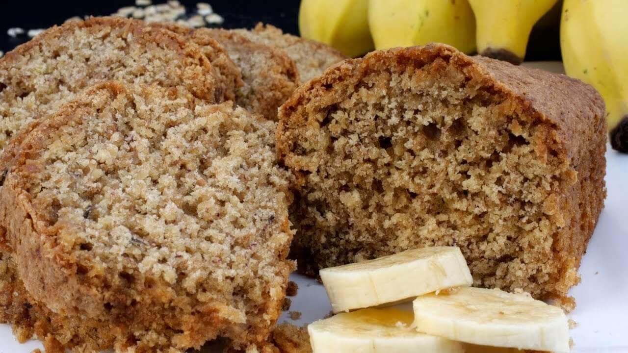 Bolo de banana fit sem farinha e fácil de preparar; saiba como fazer agora mesmo