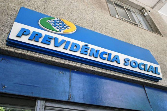 Greve INSS: servidores são contra reabertura das agências