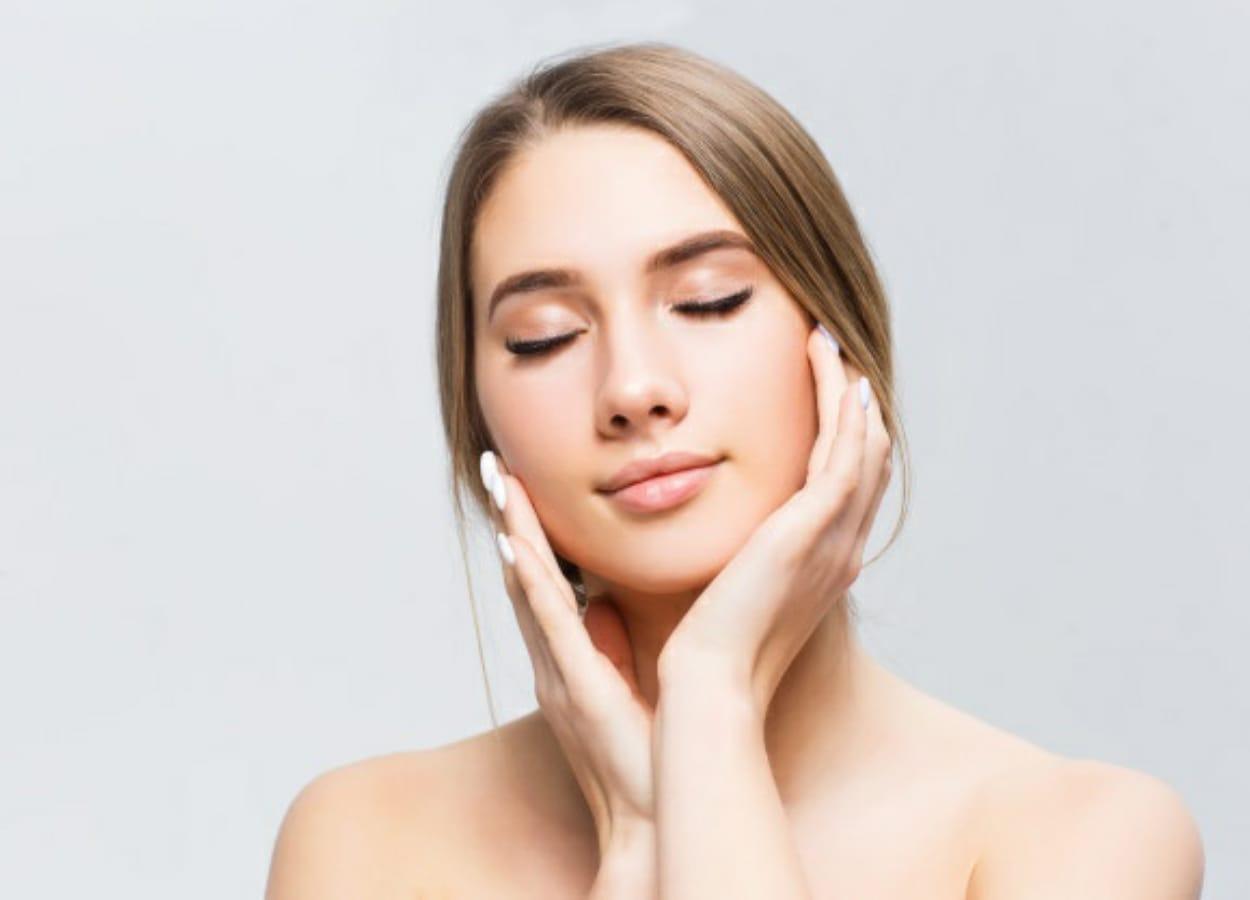 A máscara facial caseira é um dos cuidados que você pode ter para elevar a autoestima