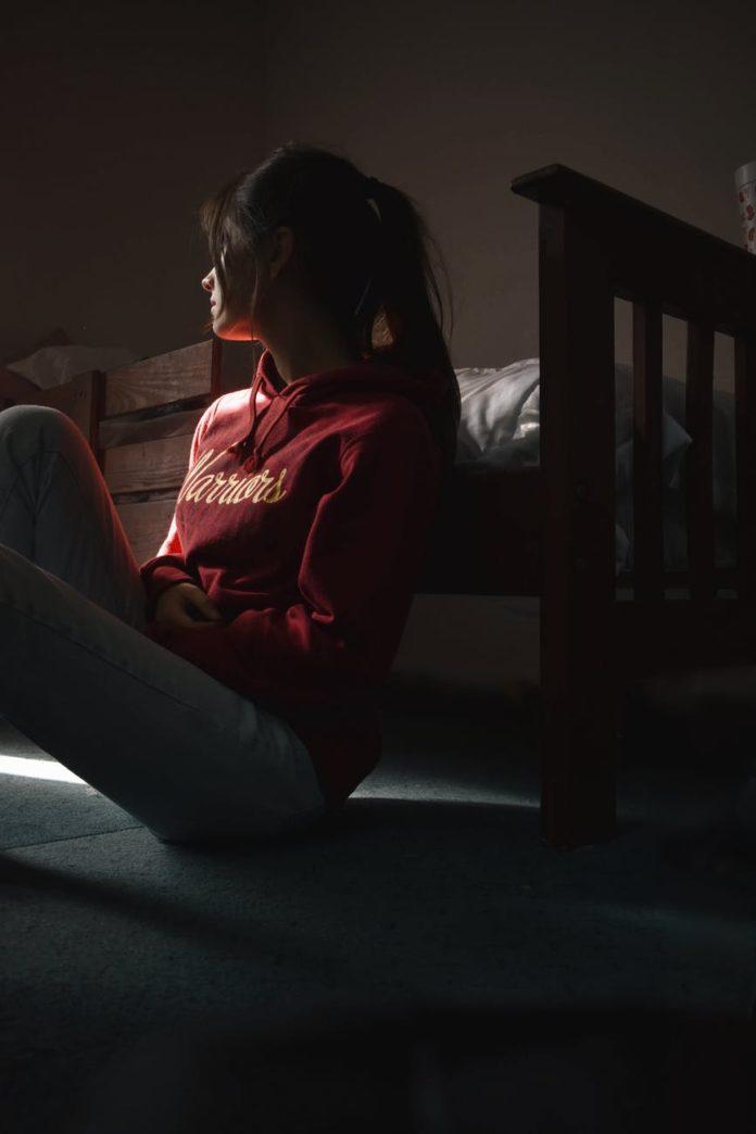 O suicídio é a segunda maior causa de morte entre adolescentes (Imagem: Sofia Garza)
